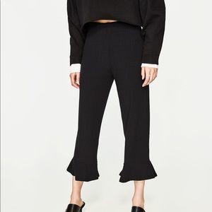 Zara Ribbed Ruffle Hem Ankle Crop trousers M